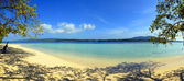 Panorama of the tropical beach — Стоковое фото