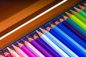 En una caja de lápices de colores — Foto de Stock