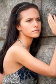 Ritratto di una bella ragazza bruna — Foto Stock