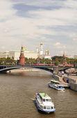 Moskva-floden och Kreml — Stockfoto