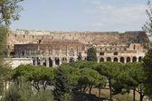 Amphithéâtre dans la ville de rome — Photo