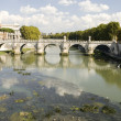 River Tiber with bridge — Stock Photo