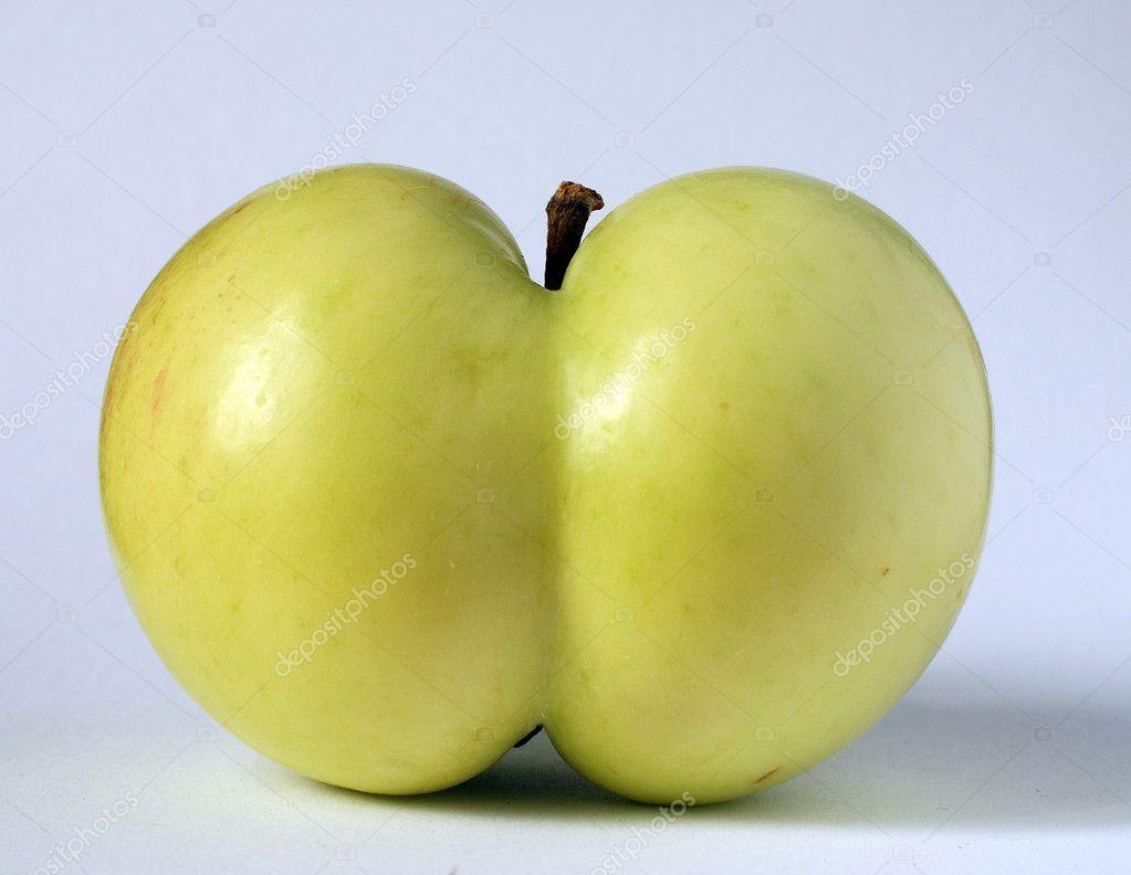 Яблоко в попку