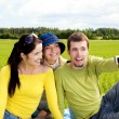 Friends taking a photo — Stock Photo