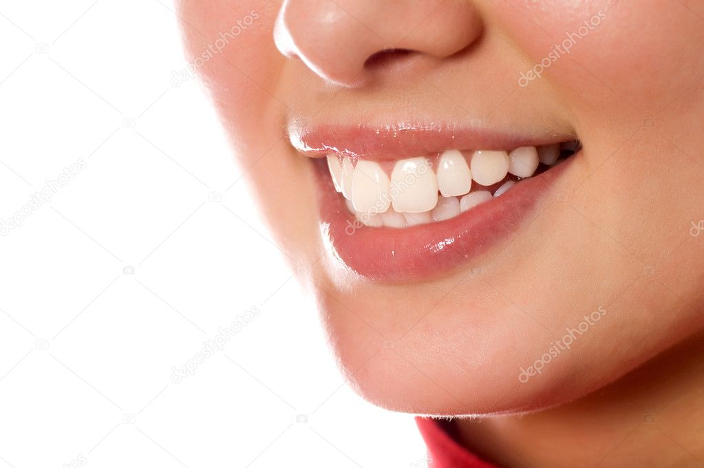 Smiling young girl mouth with great teeth (isolated on white) — Stock Photo #1670720