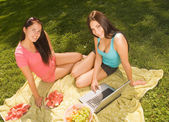 Two beautiful student girl outdoors — Stock Photo