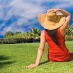 Young woman enjoying the sun — Stock Photo