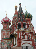 Blessed Basil cathedral in moscow — Stock Photo