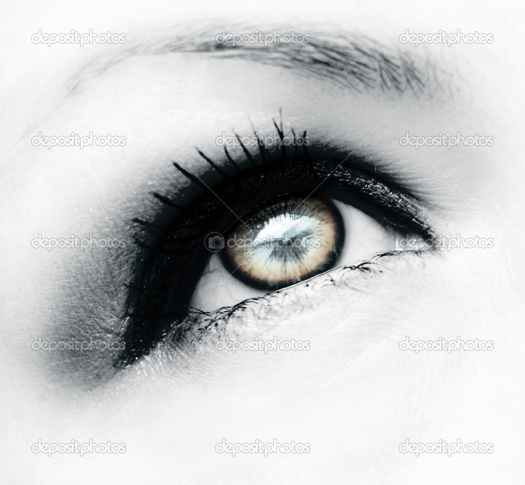Deep look eye — Stock Photo #2094207