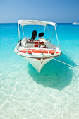 Small boat moored at Wreck Bay, Zante (Zakynthos — Stock Photo