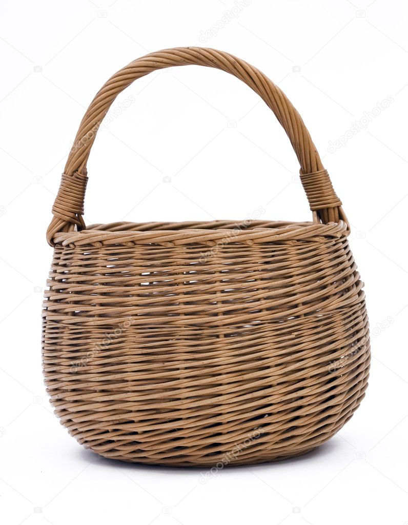 Empty brown wicker basket isolated on the white background — Stock fotografie #1811030