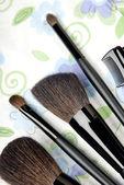 Cinq outils de maquillage — Photo