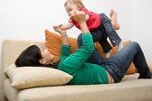 Ragazza madre e bambino — Foto Stock