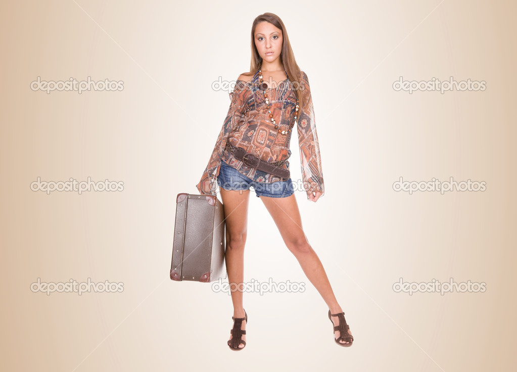 Young beautiful girl ready to travel — Stock Photo #1699290