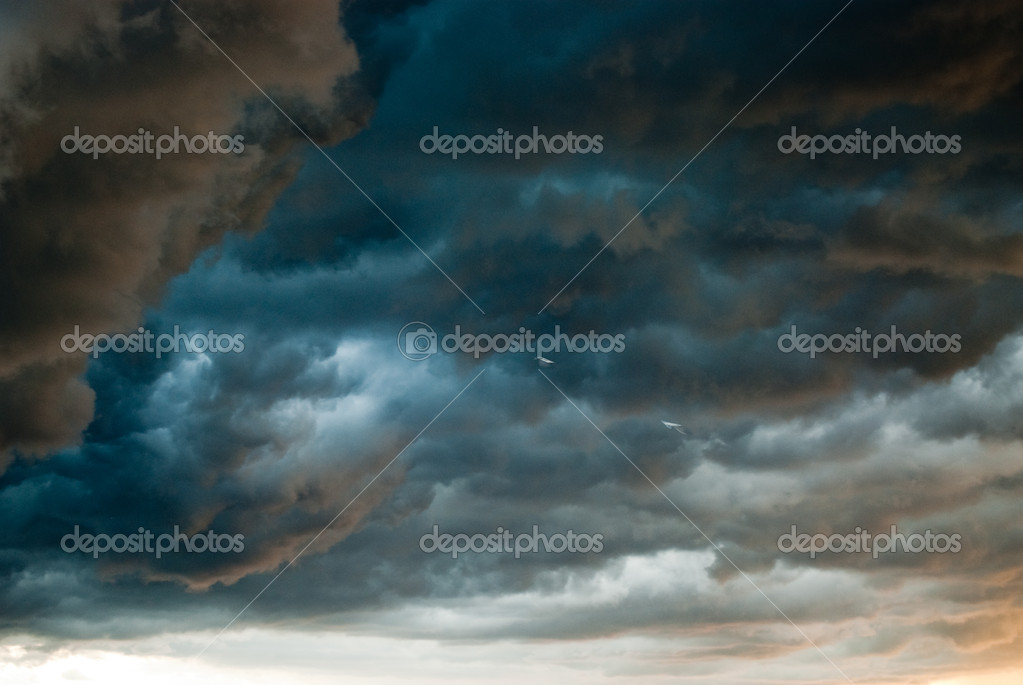 Stormy weather — Stock Photo #1624349