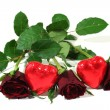 Red roses with red hearts — 图库照片