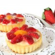 Strawberry tarts with mint — Stock Photo