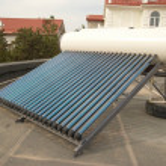 vacuüm zonne-water verwarmingssysteem — Stockfoto