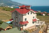 Casas com telhados vermelhos — Fotografia Stock