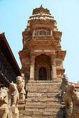 старый буддийский статуи — Стоковое фото
