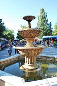 Evpatoriya. fontänen på banvallen. — Stockfoto