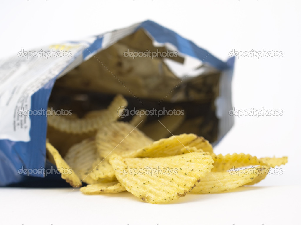 Open bag of potato chi...