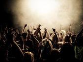 Arriba las manos — Foto de Stock