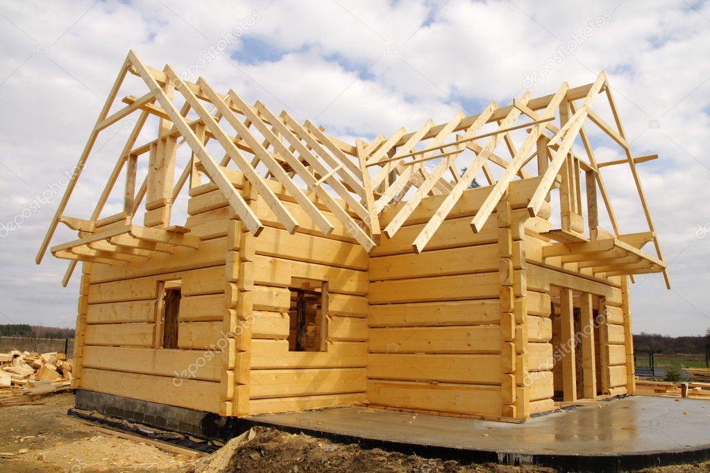 Постройка дома из деревянного бруса