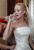 Breakfast of the bride — Stock Photo