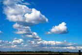 второстепенные облака — Стоковое фото