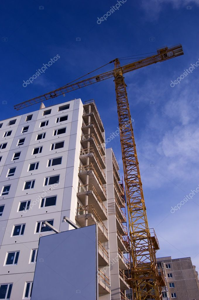 Crane building new house — Stock Photo #1819313