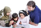 Glückliche familie mit mehreren mitgliedern — Stockfoto