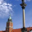 Column and Royal Castle in Warsaw — Stock Photo