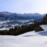 Hut in winter in bavaria — Stock Photo
