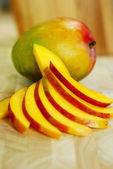Mango slices — Stock Photo