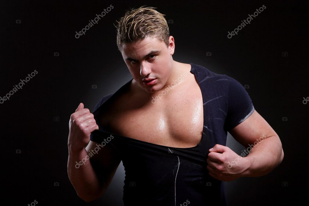 Young and beautiful muscles man — Stock Photo #1722755