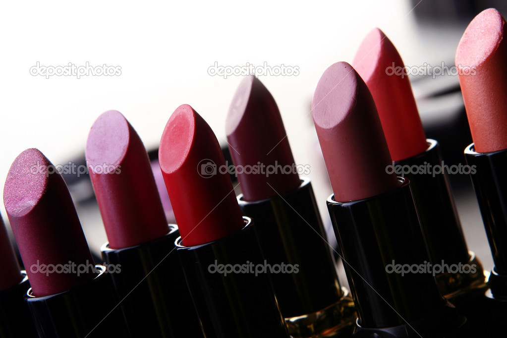 Some cosmetic parts on table — Stock Photo #2593186