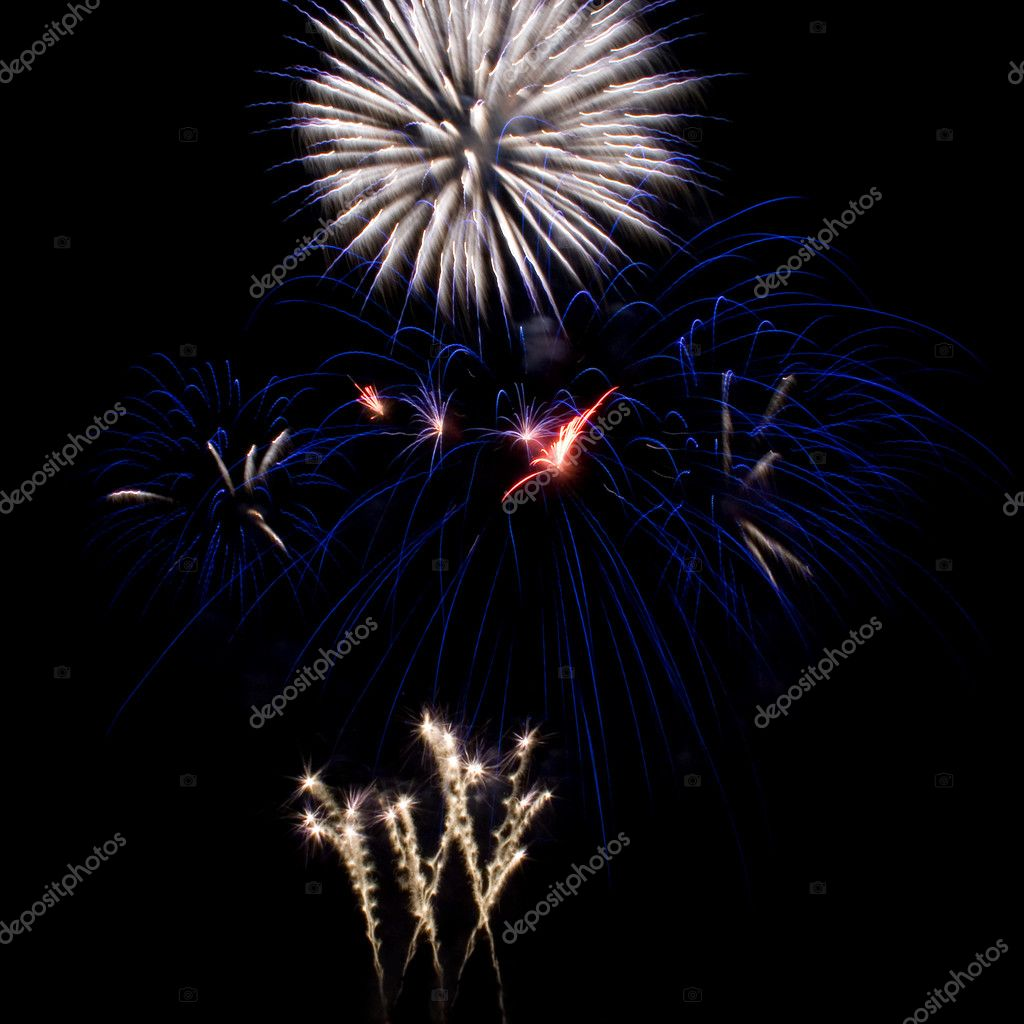 Outbreaks fireworks  — Photo #1925898