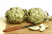 Preparation of artichokes — Stock Photo