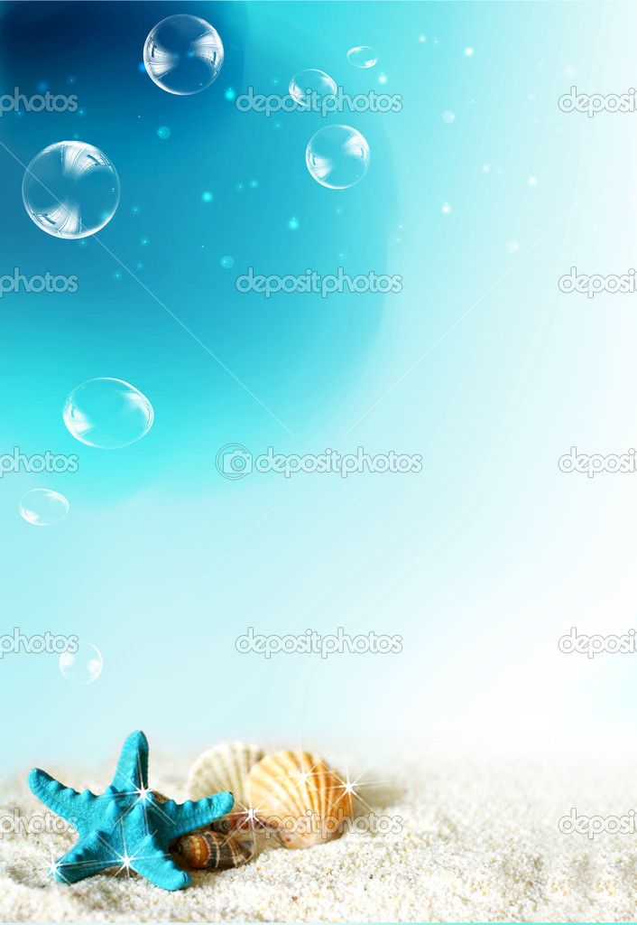 Nice situation, you can see the under water life — Stock Photo #1760144