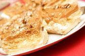 Кармел Торт с грецкими орехами — Стоковое фото
