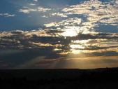 Rays of setting sun — Stock Photo