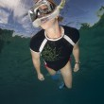 vrouw Snorkelen, fiji — Stockfoto