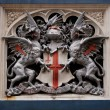 Heraldic symbol on Tower Bridge, London — Stock Photo