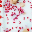 Woman bath flower — Stock Photo #1616401