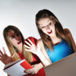 Two young woman student — Foto de Stock
