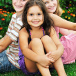 Happy kids outdoor — Stock Photo #1680468