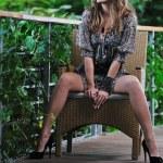 Happy woman fashion outdoor — Stock Photo