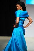 Fashion show woman — Stock Photo