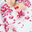 Woman bath flower — Stock Photo #1690020